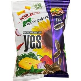 """""""YES""""Kepintos saulėgrąžų sėklos sūrio ir aštraus skonio 90g (Sunflower seeds cheese spice)"""